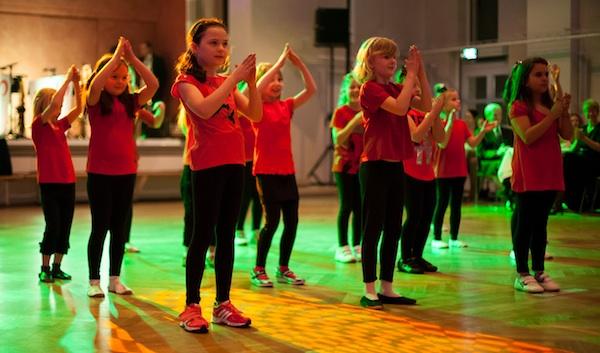 Auftritt der DanceKids am Ball in den Mai 2015